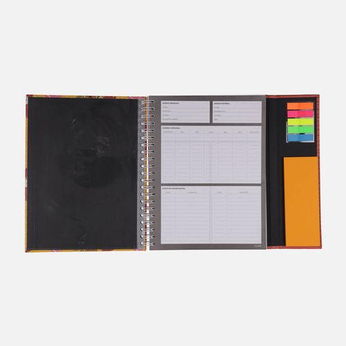 Caderno-universitario-Escolar-com-aba-90-folhas-Mari-Pets-2-CA2982-Papel-Craft