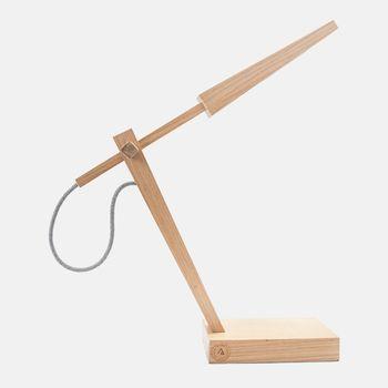 Luminaria-de-mesa-madeira-freijo-VA9770-pico_do_bonet_1