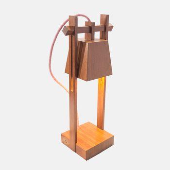 Luminaria-de-mesa-de-madeira-jatoba-castelinho-HO1402_2