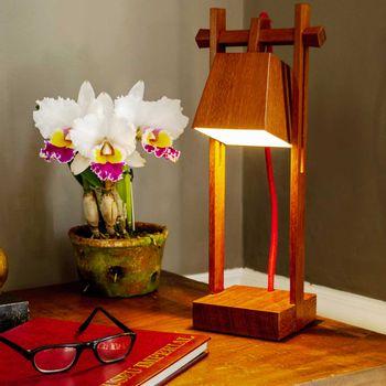 Luminaria-de-mesa-de-madeira-jatoba-castelinho-HO1402_4