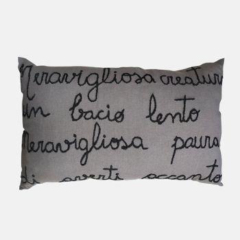 almofada-decorativa-de-linho-ho945-papel-craft